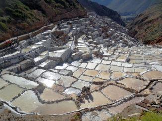 Соленые террасы Салинас-де-Марас